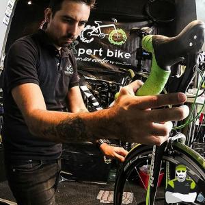 Ajustando mi bici favorita